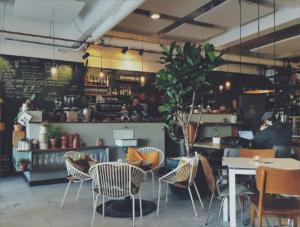 Café Freunde lokaler, café Roskilde, hyggelig café i Roskilde