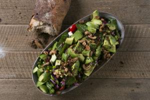 Lækker vegetar avokadosalat hos Café Freunde i Roskilde