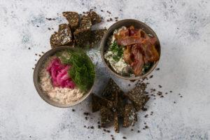 Hønsesalat Laksemousse tapas ud af huset i Roskilde