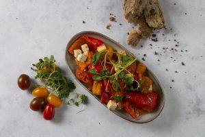 bagte tomater salat hos Café Freunde