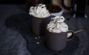 varm chokolade hos Café Freunde